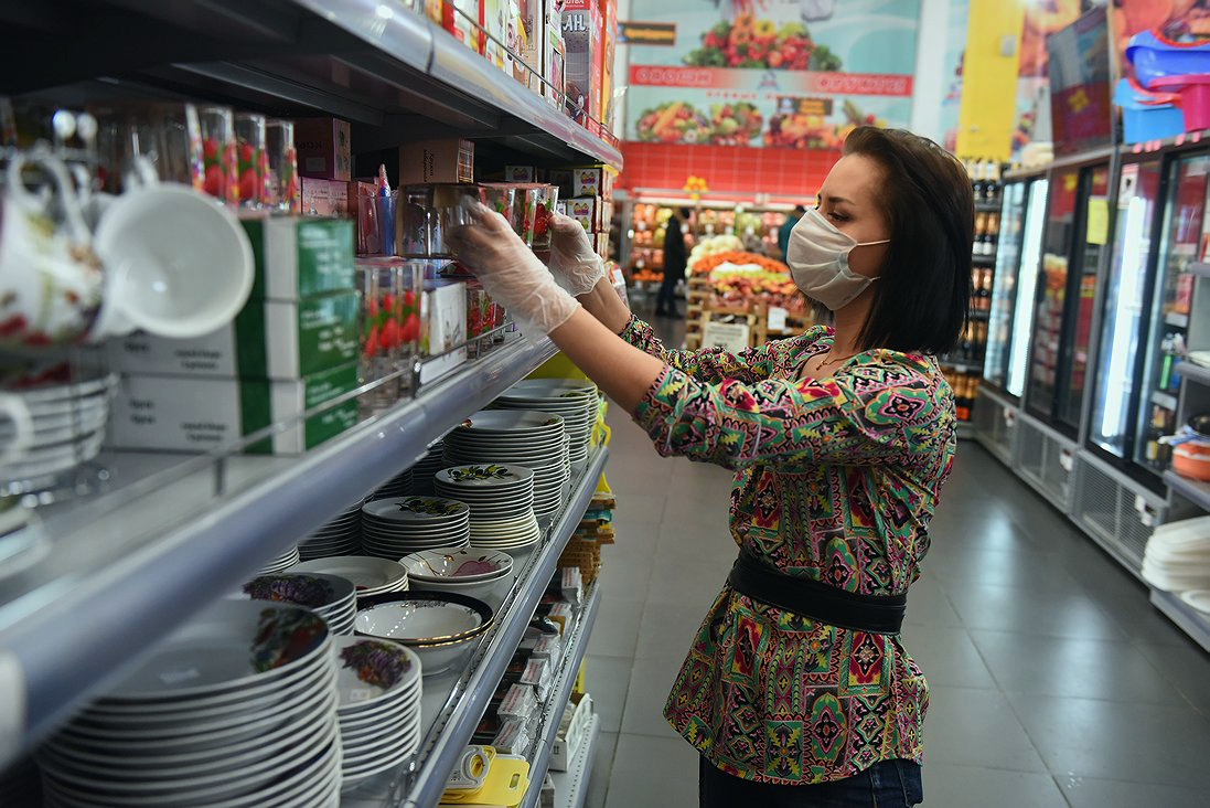 Без масок посетителей не будут запускать на объекты торговли Нур-Султана