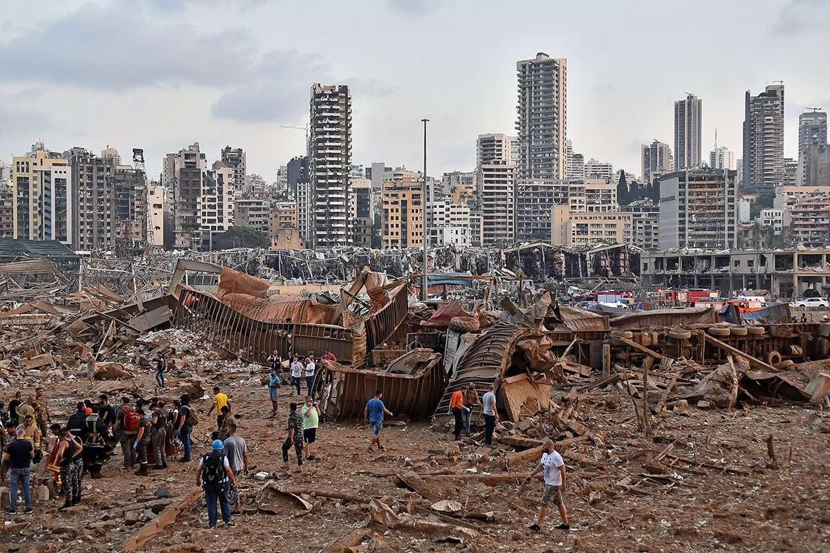 Пострадавших от взрывов в Бейруте может быть несколько сотен