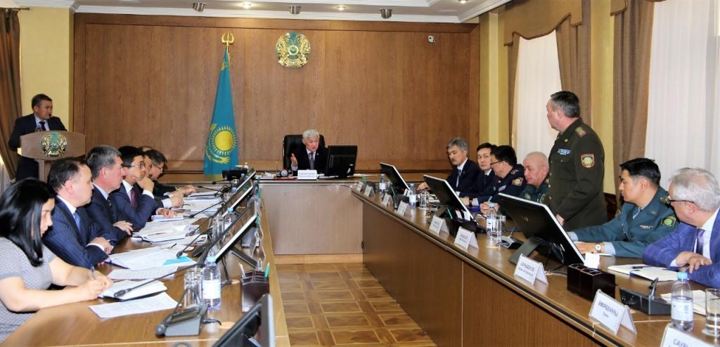 Бердибек Сапарбаев поручил не допустить необоснованный рост цен на социально значимые продукты