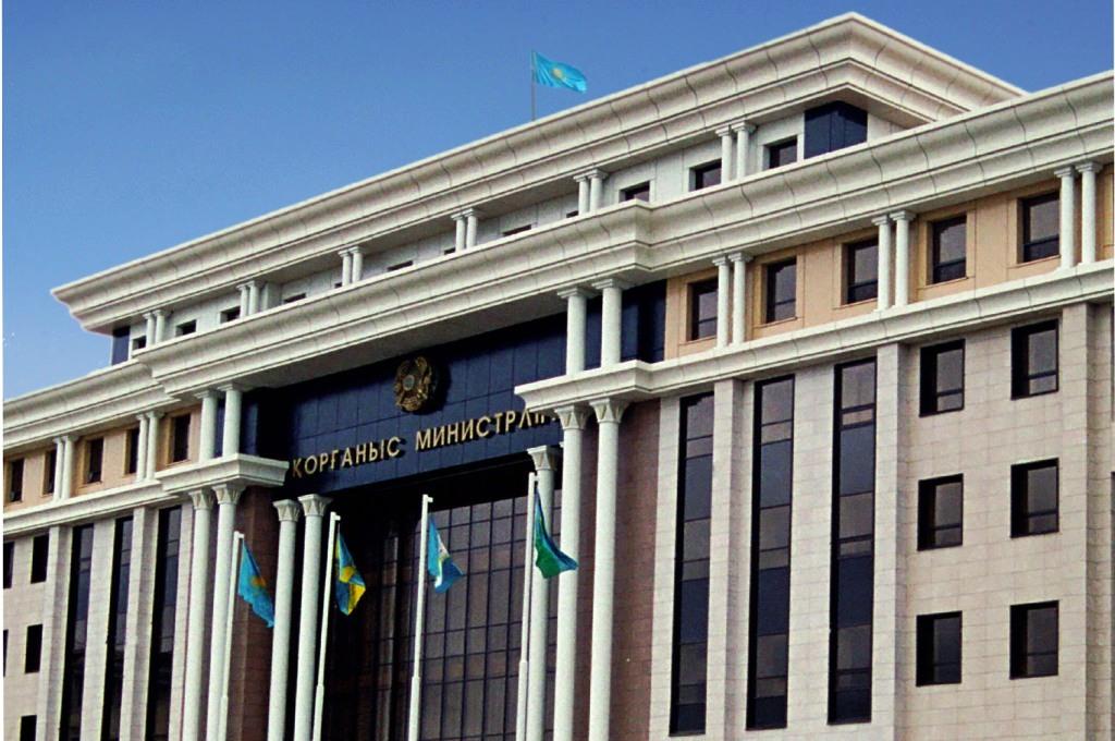 Военнослужащих казахстанской армии призвали усилить работу по противодействию коррупции