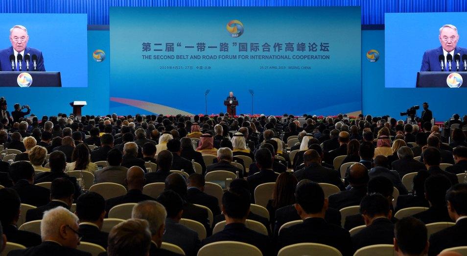 Нурсултан Назарбаев: «Евразия вновь становится единой»
