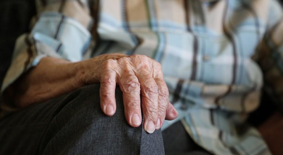 В Алматы от коронавируса исцелился 95-летний пациент
