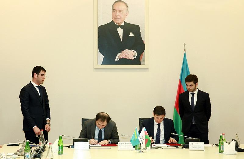 Компании РК договорились о поставке товаров на рынок Азербайджана