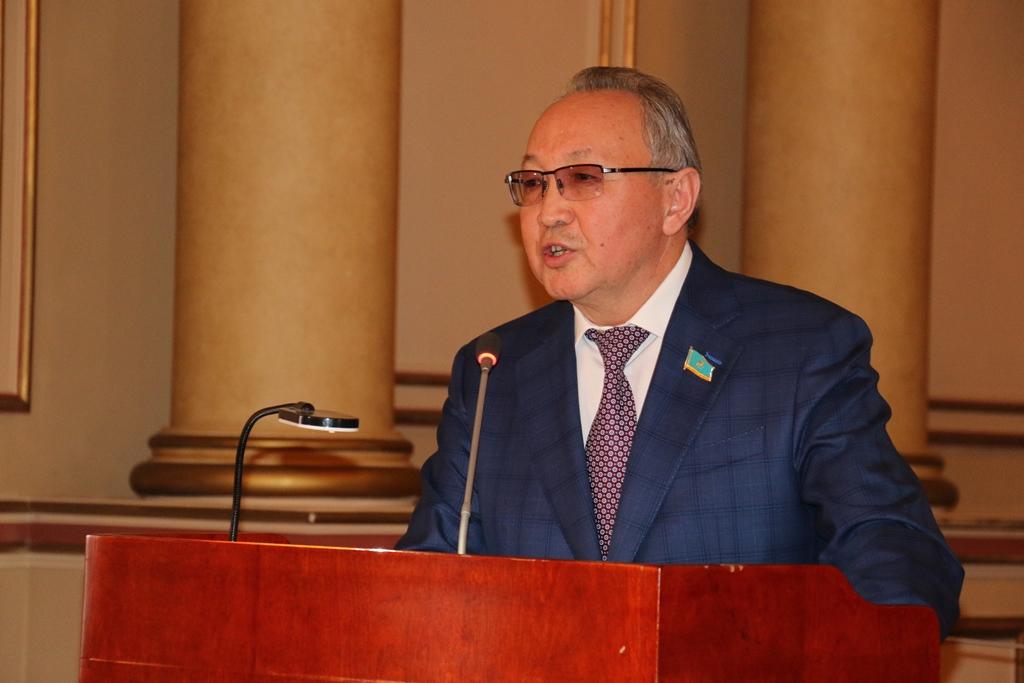 Казахстанская делегация примет участие в инаугурации Владимира Зеленского