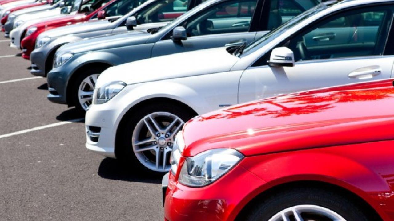 В Казахстане увеличилось количество зарегистрированных автомобилей