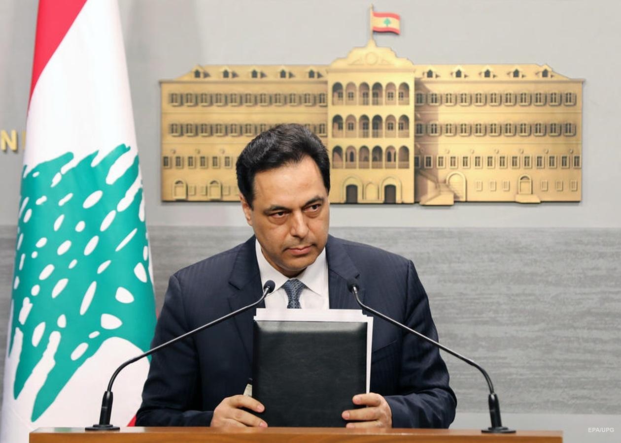 Премьер Ливана призывает международное сообщество оказать помощь после взрывов в Бейруте
