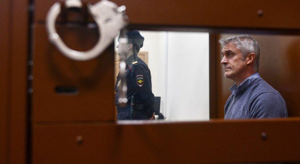 Майклу Калви предъявлено обвинение в мошенничестве