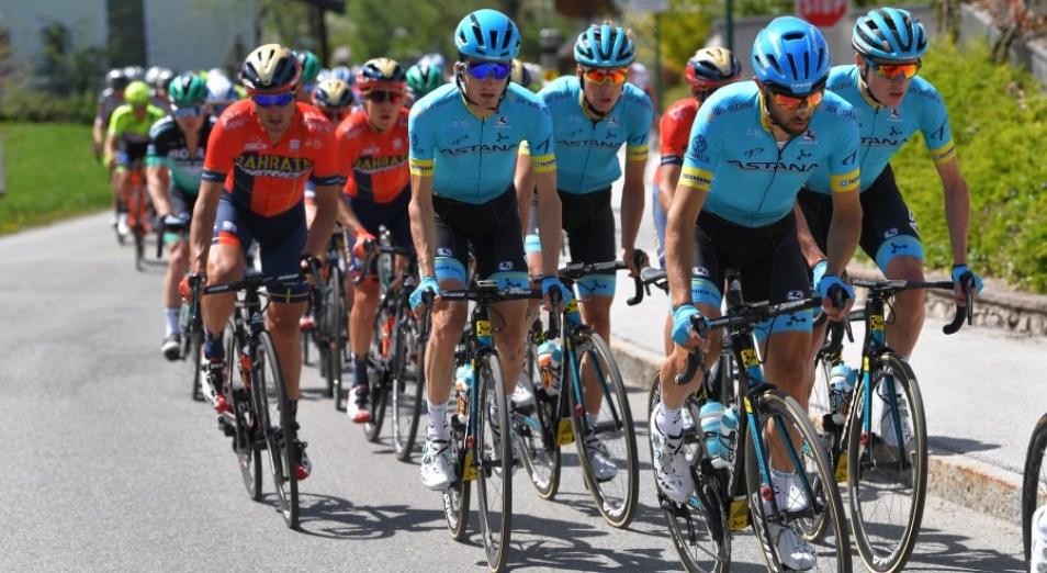 «Тур Альп»: Бильбао и Стальнов вошли в топ-5 на старте