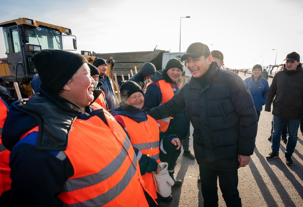 Аким столицы проверил готовность коммунальных служб к зиме