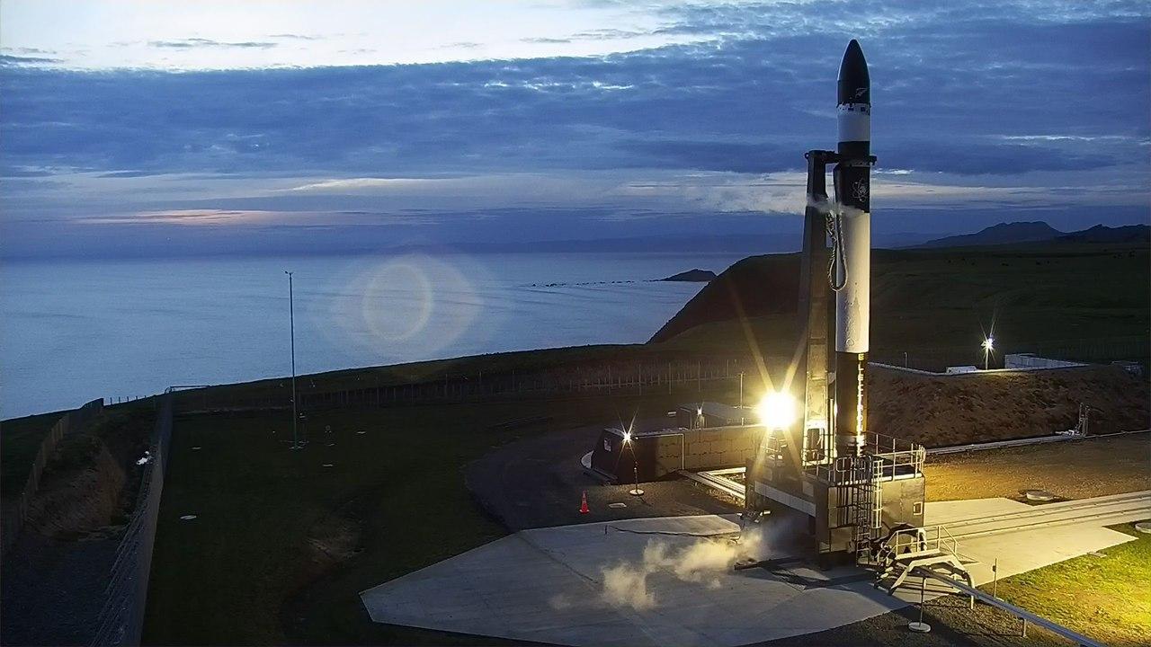 Ракета Electron не смогла выйти на орбиту из-за отказа второй ступени