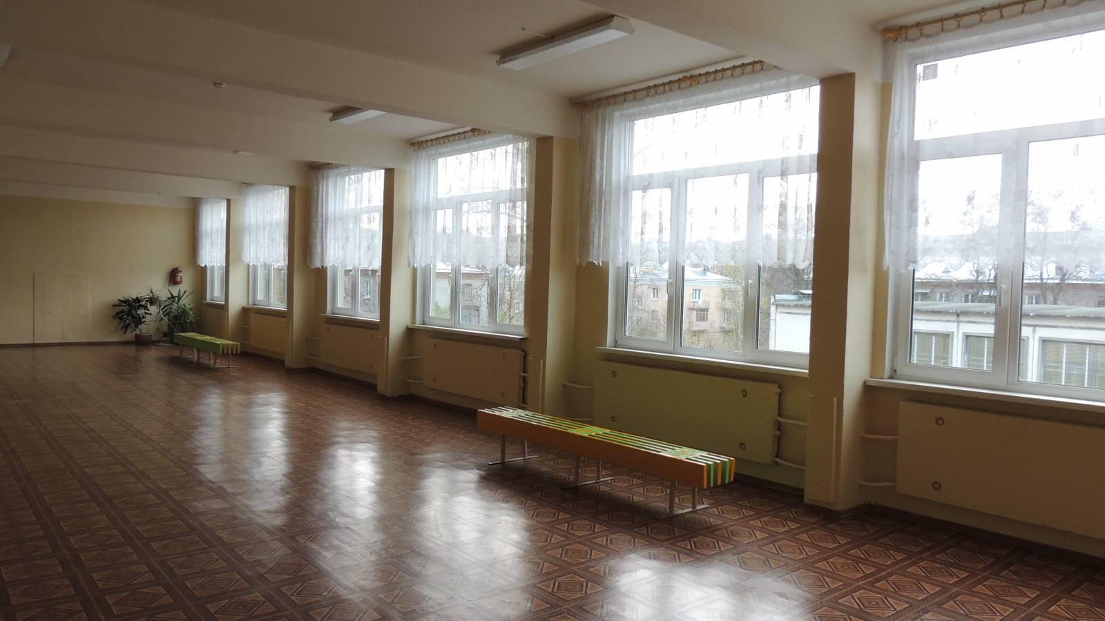 16 человек отравились в школе Уральска
