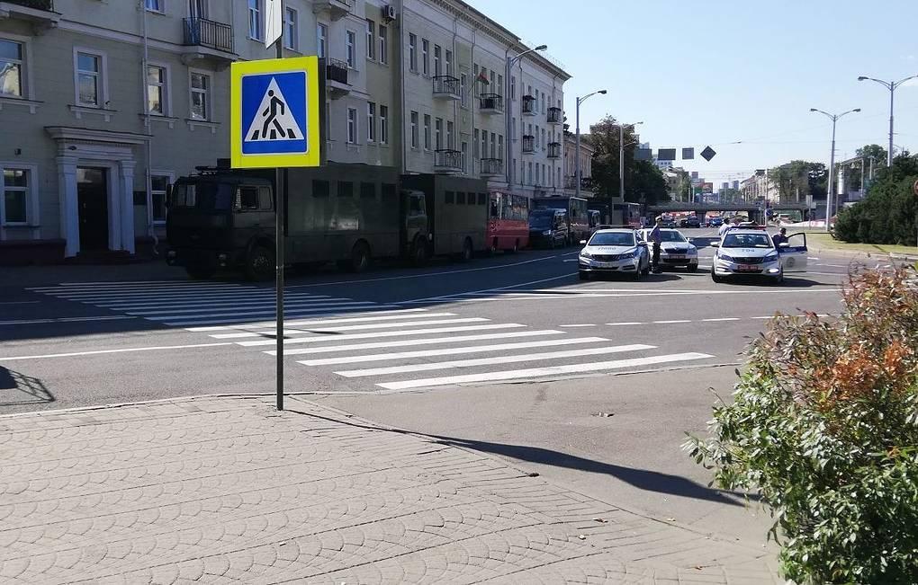 Площадь Независимости в Минске оцепили в преддверии митинга в поддержку Лукашенко