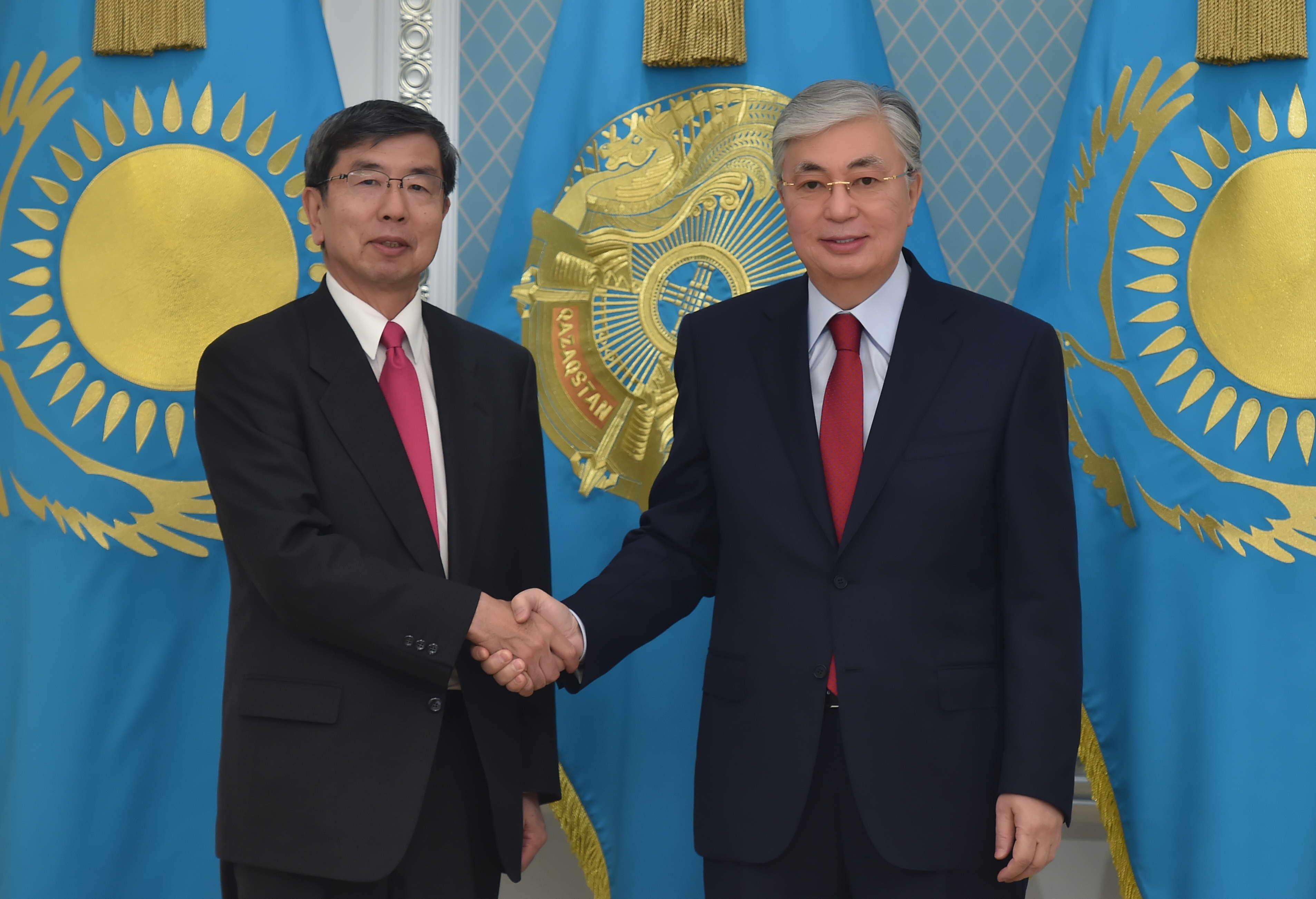 Касым-Жомарт Токаев принял президента Азиатского банка развития Такехико Накао