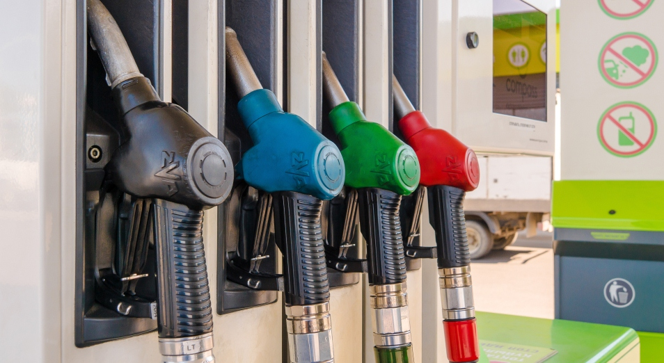 Киргизским покупателям интересен казахстанский бензин со скидкой