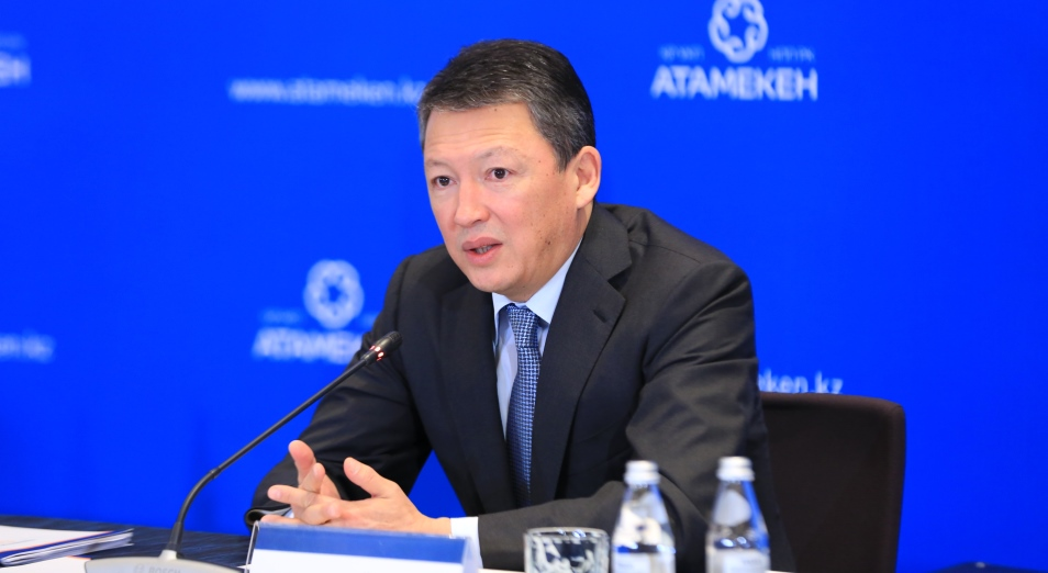Тимур Кулибаев предложил оптимизировать нагрузку на фонд оплаты труда