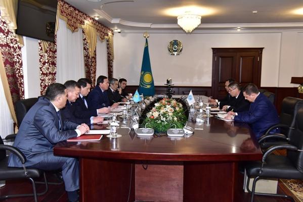 Глава МВД Казахстана и директор антитеррористической структуры ШОС обсудили взаимодействие в сфере противодействия терроризму