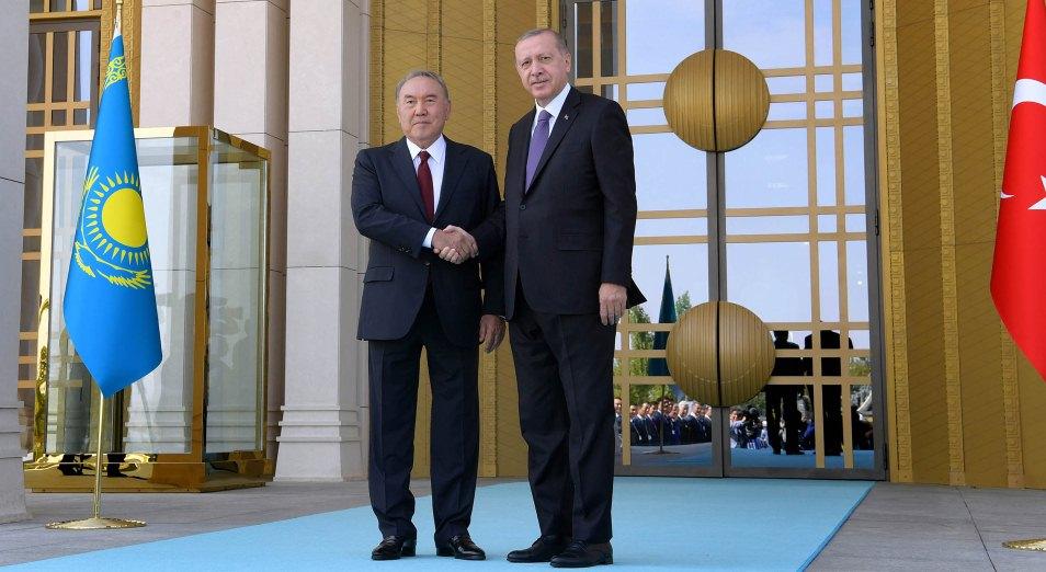 Зачем Назарбаев летал к Эрдогану?