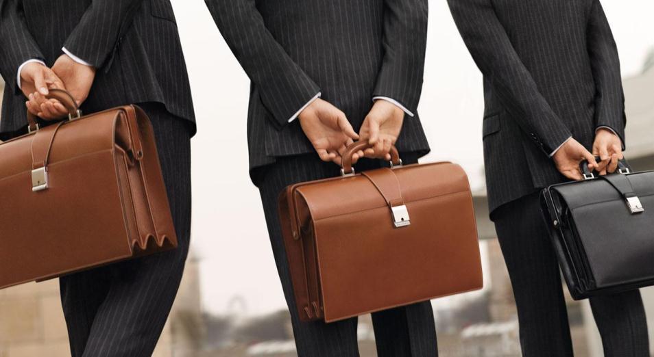 Для претендентов на госслужбу завели банк данных