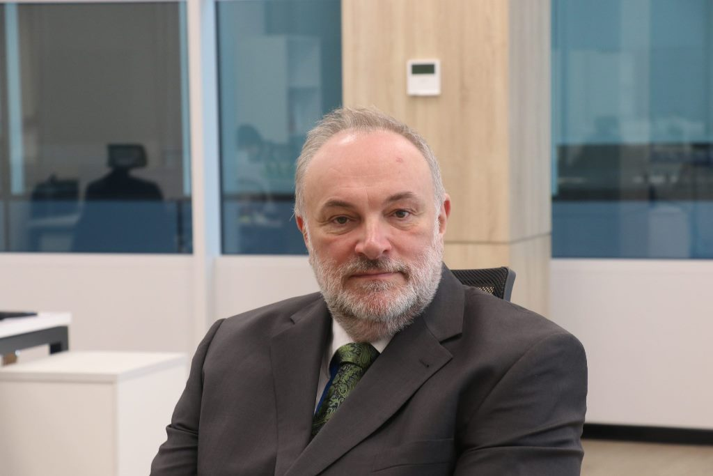 Питер Гриффитс: «Авиасообщение внутри Казахстана может быть приостановлено»