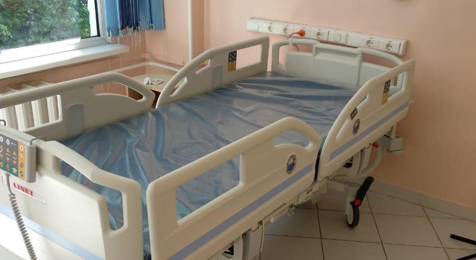 ДГКИБ Алматы получила пять новых реанимационных кроватей для взрослых