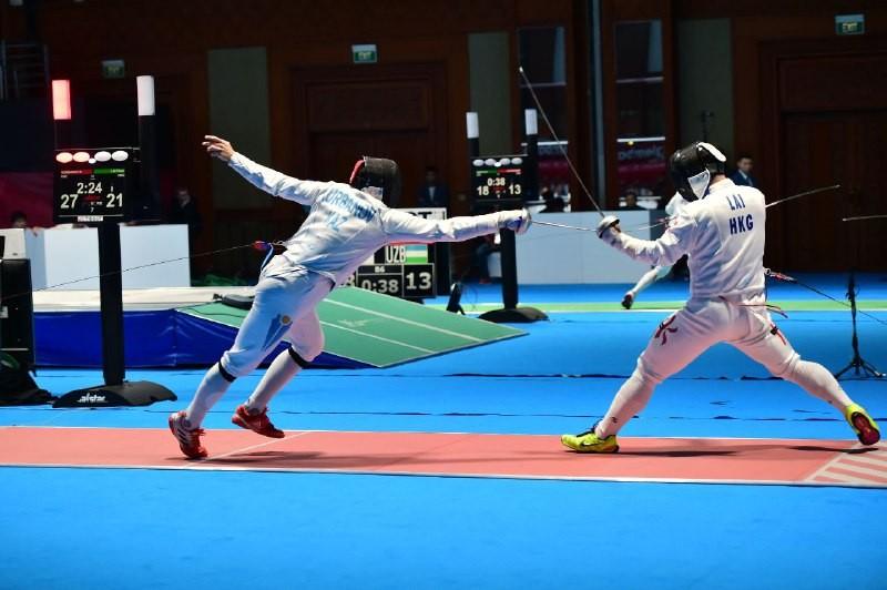 Казахстанские шпажисты завоевали бронзу на Азиаде-2018