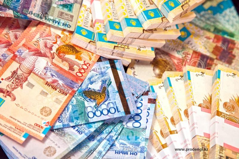 Казахстанский валютный рынок готовится к коррекции, полагают аналитики