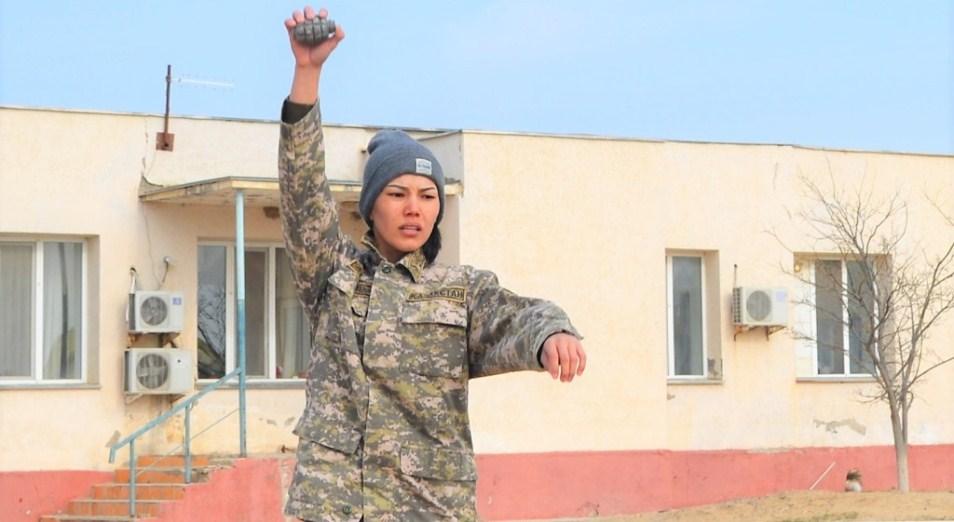 Команду военнослужащих РК пополнила победительница «Боев без правил»