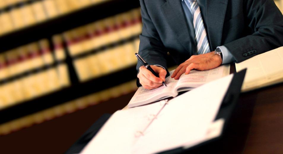 Адвокаты начнут страховать свою ответственность перед клиентами с 2020 года