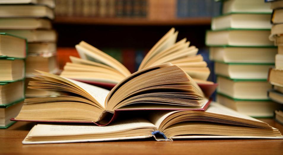 Родителей призвали не покупать контрафактные учебники