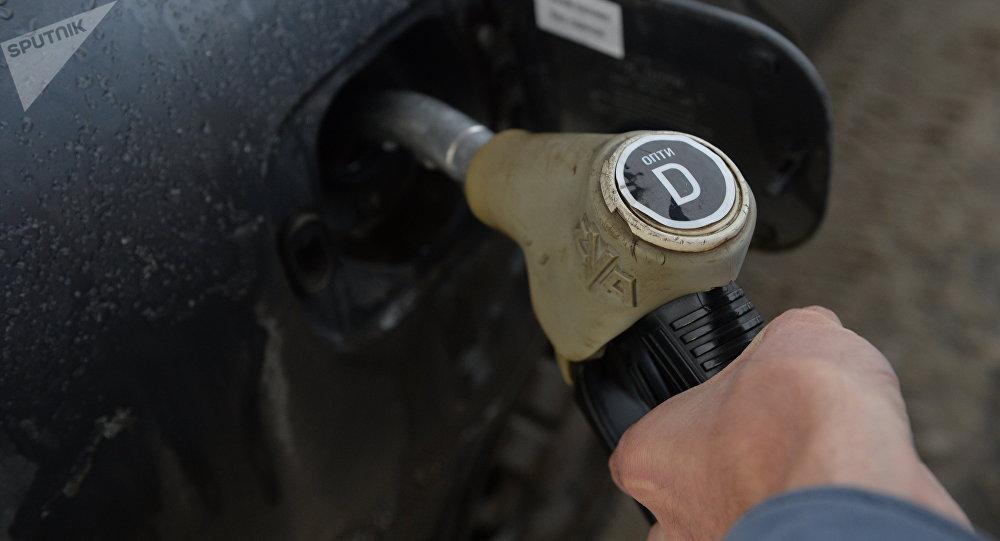 Казахстан организует посты на границе для контроля запрета вывоза дизельного топлива