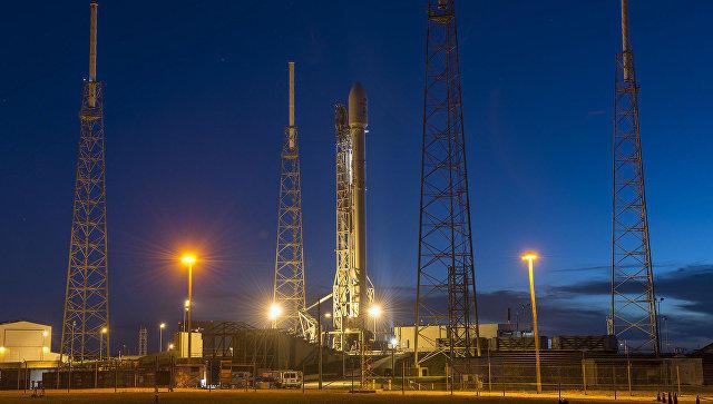В США стартовала ракета Falcon9 с военным спутником GPS новейшего поколения