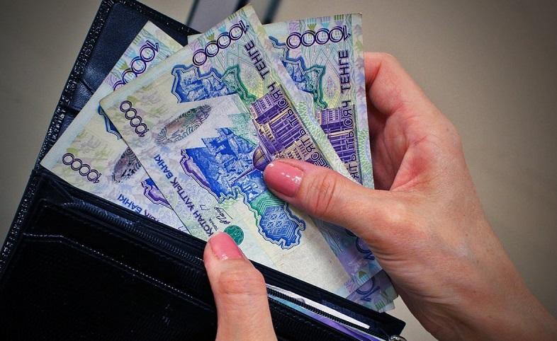 В РК номинальная заработная плата выросла на 9% за год