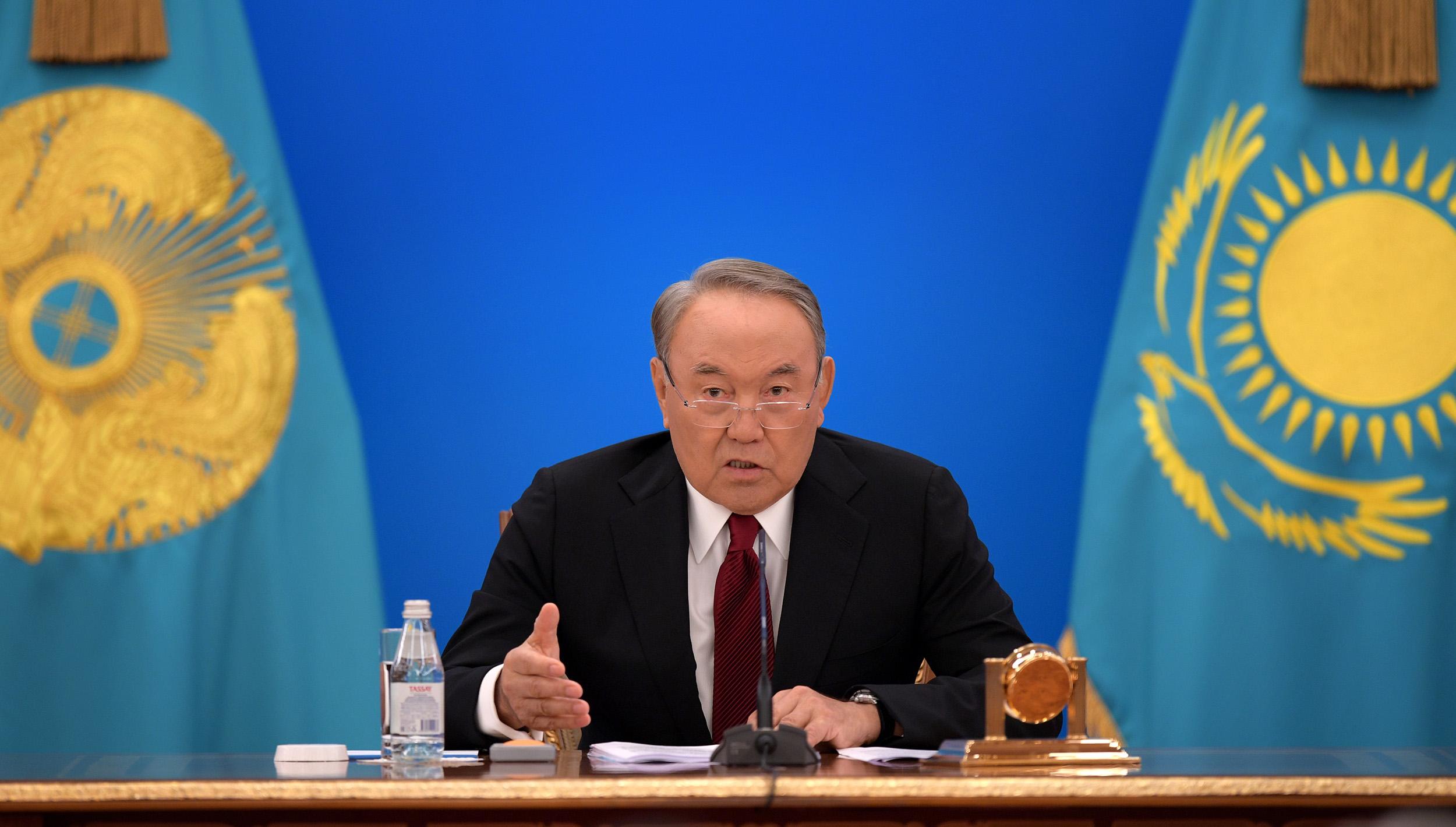 Назарбаев поручил изменить механизм утверждения тарифов