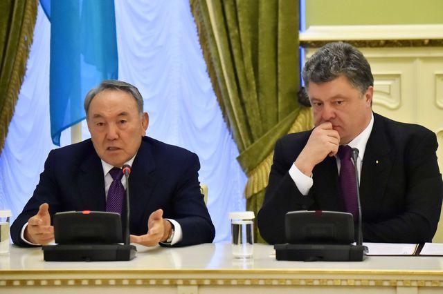 Назарбаев и Порошенко обсудили экономическое сотрудничество и ситуацию в Керченском проливе