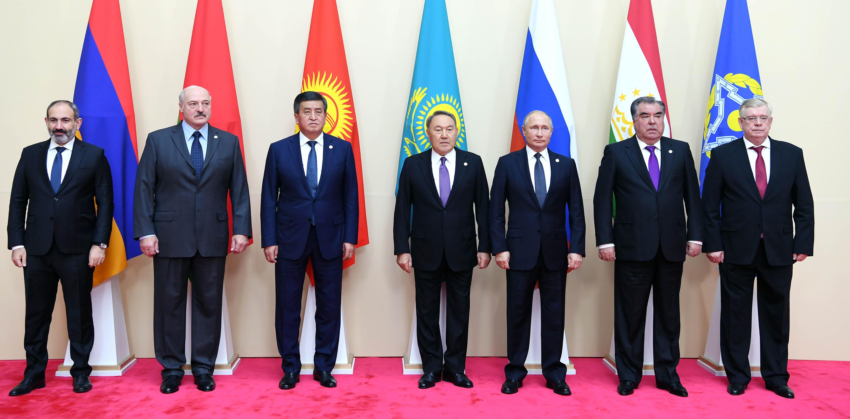 Назарбаев призвал активизировать производственную кооперацию оборонных предприятий стран ОДКБ