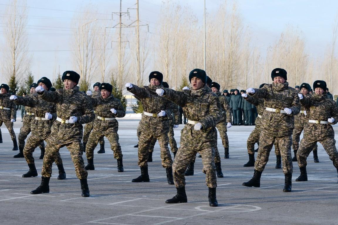 Министр обороны РК проверил антитеррористическую защищенность военных объектов столичной ДШБ