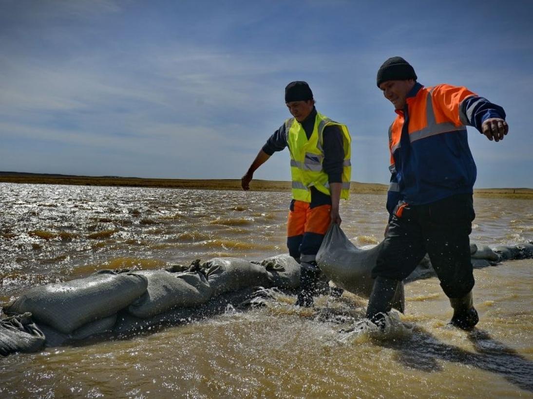 Талые воды вновь размыли трассу Павлодар – Баянаул
