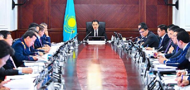 Бакытжан Сагинтаев: «Согласен с «Атамекеном», в проектах ГЧП нужна приоритетность»