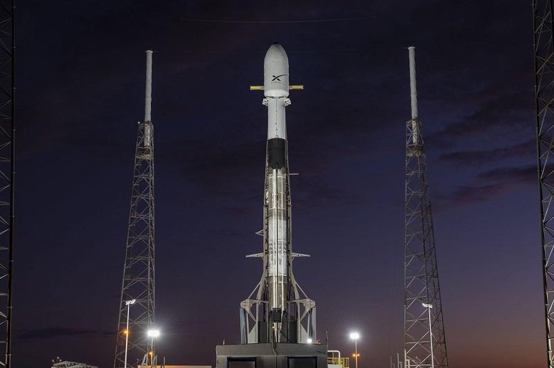Когда SpaceX планирует вывести на орбиту новую группу интернет-спутников Starlink