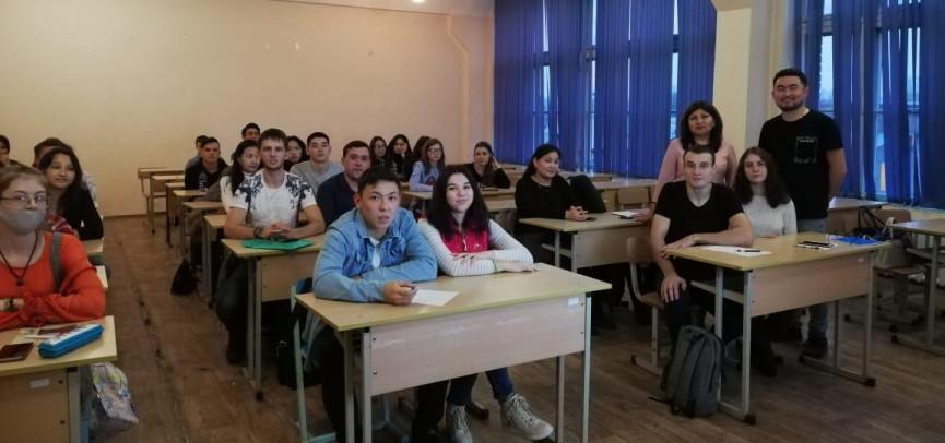 ШҚО-да жас кәсіпкер студенттерге тайм-менеджмент шарттарын үйретті