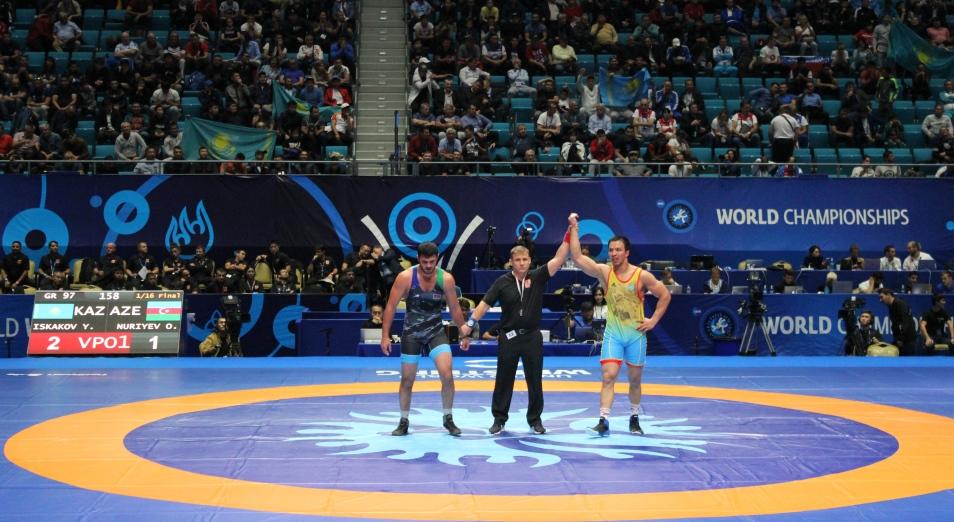 ЧМ по борьбе: две медали мирового первенства остаются в Казахстане