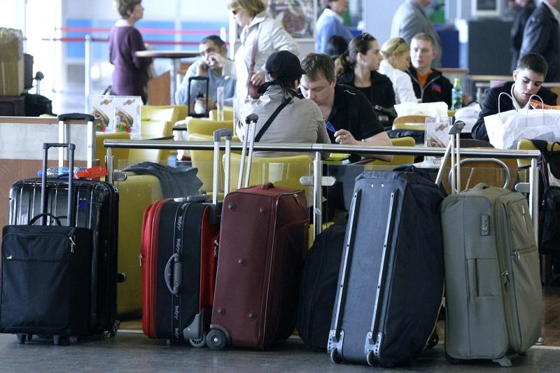 Из Казахстана за три квартала уехало 34 тысячи человек
