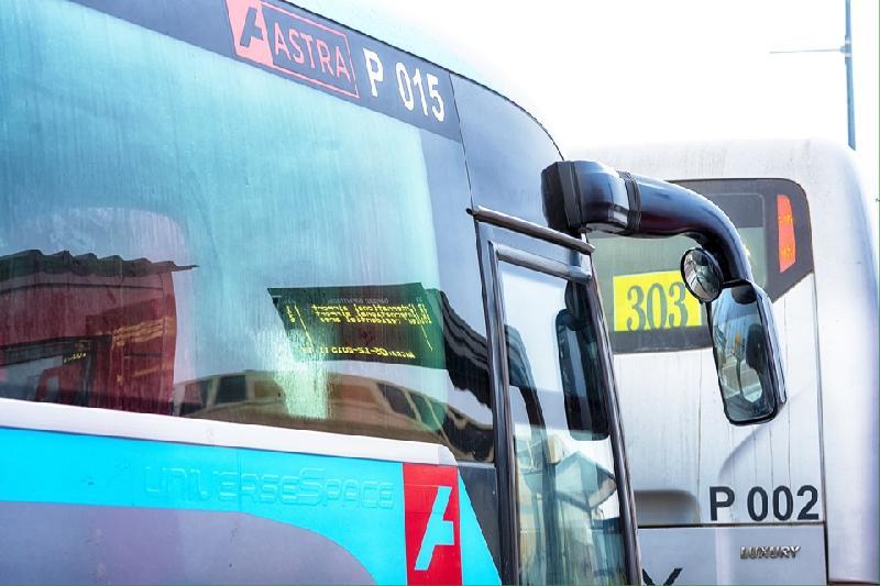 В Астане приостановили движение пригородных автобусов