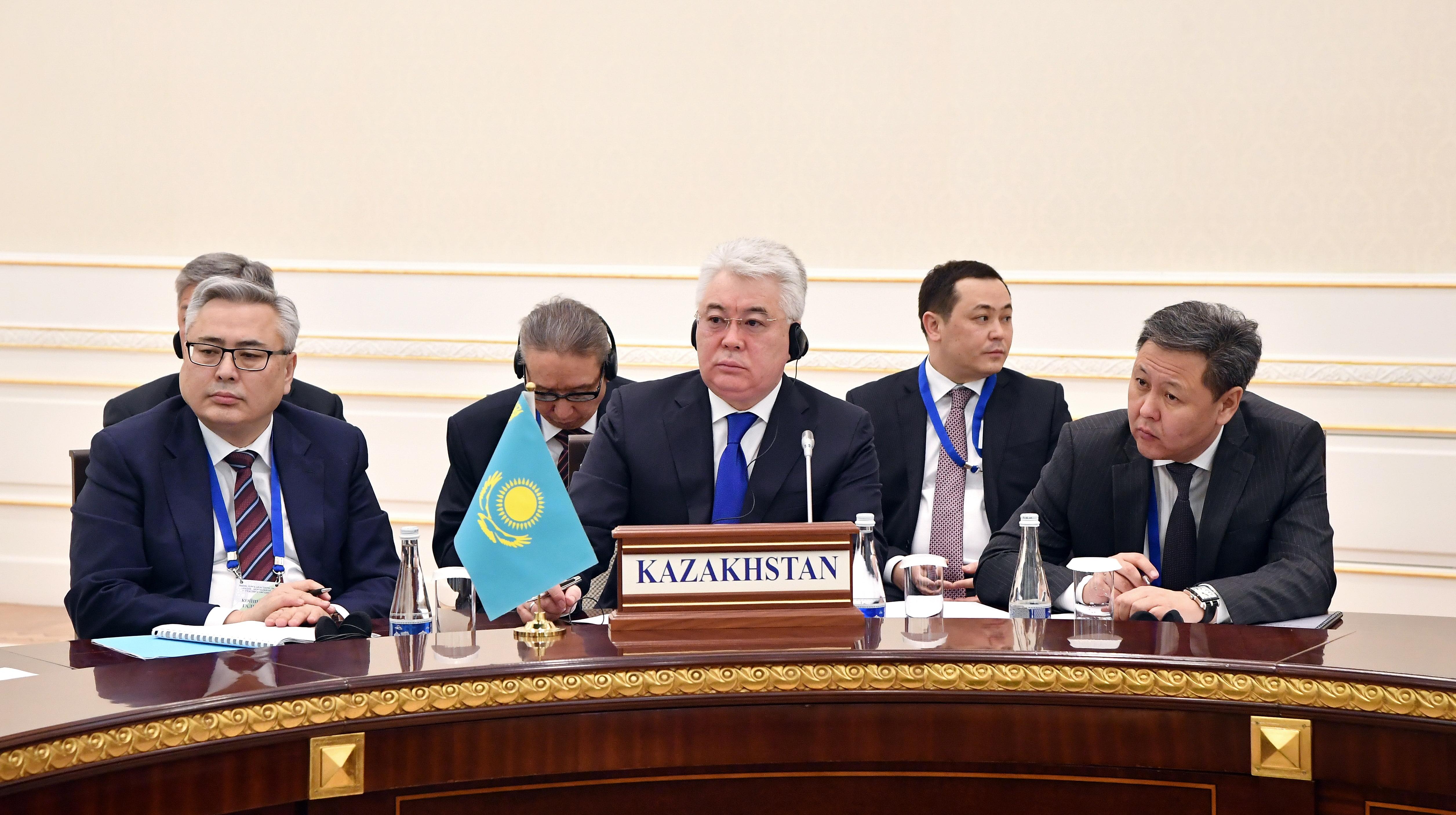 Бейбут Атамкулов предлагает создать железнодорожный консорциум стран ЦА