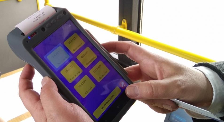 В павлодарских трамваях внедрили систему электронного билетирования