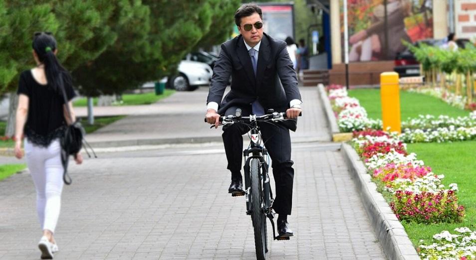 Әбдірахымов Шымкент жұртын велосипедке отырғызбақ