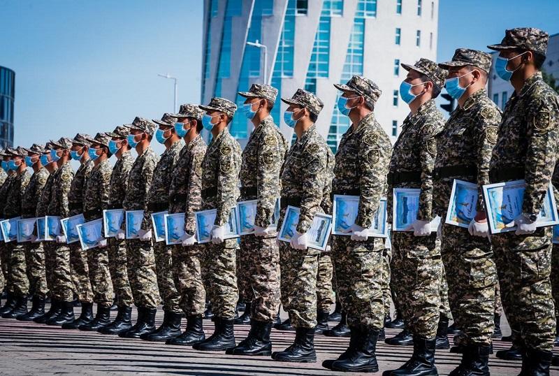 Призывникам Нур-Султана присвоили воинские звания
