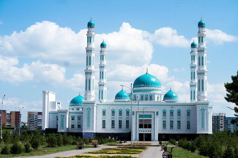 Священный для мусульман месяц Рамазан начнется 24 апреля