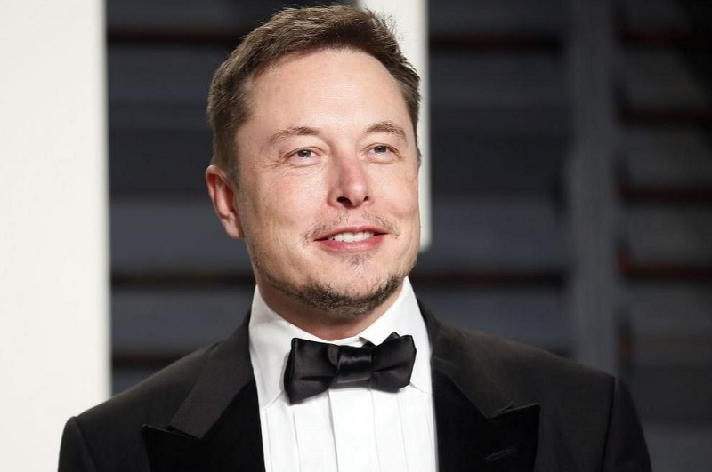 Маск впервые вошел в топ-10 богатейших людей мира