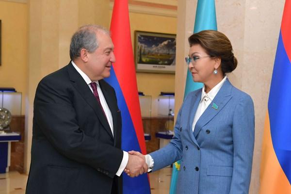 Казахстан и Армения намерены расширять отношения